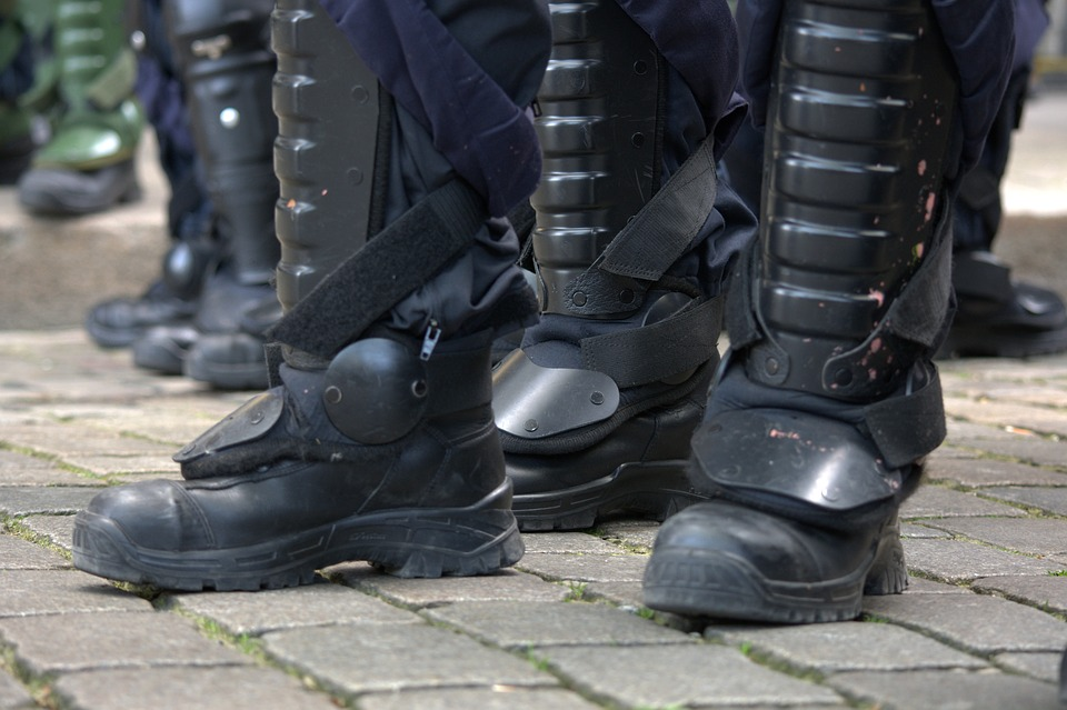 police boot plantar fasciitis