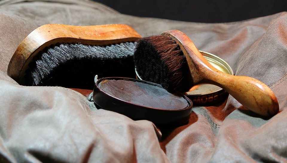shoe shine kit image